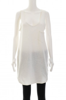 Gina Tricot front